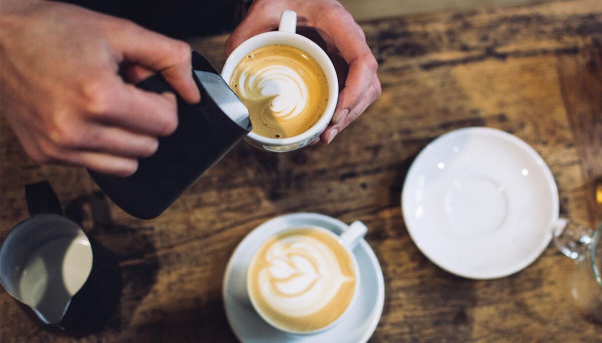 Bagaimana Cara Membuat Foam Susu Untuk Latte Art? Simak Disini