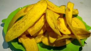 membuat keripik kulit pisang