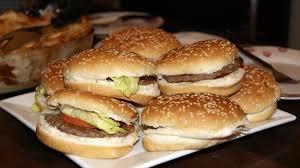 Mengulik Resep Burger Ayam Yang Lezat Dan Menggoyang Lidah