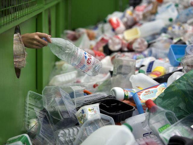 praktek pengolahan sampah plastik